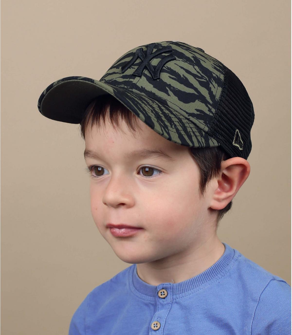green NY kids trucker