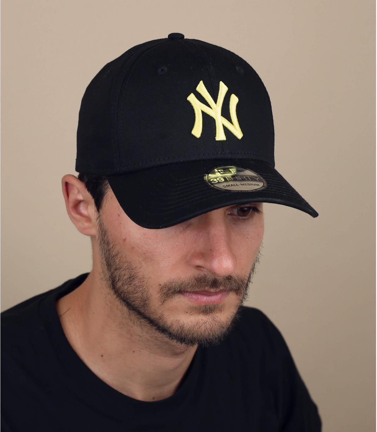black yellow NY stretch cap