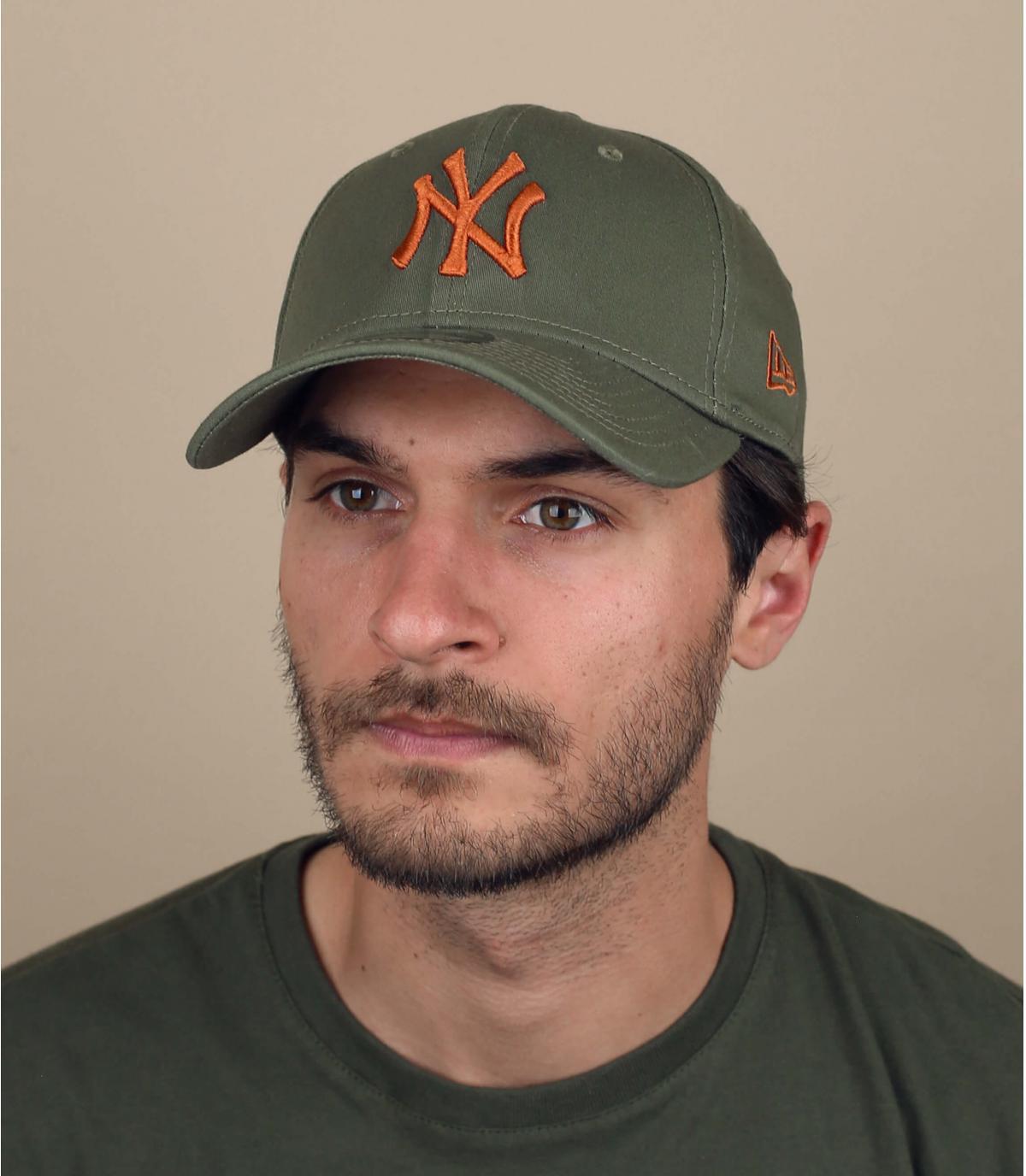 green NY stretch cap