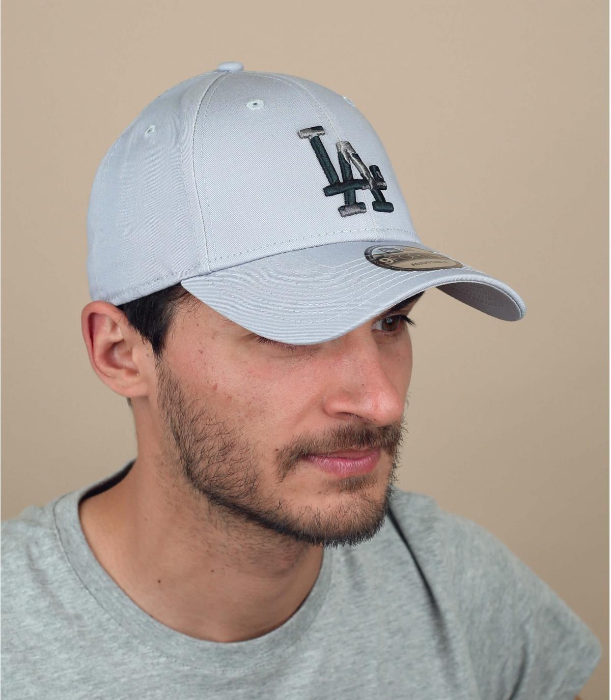 grey LA cap