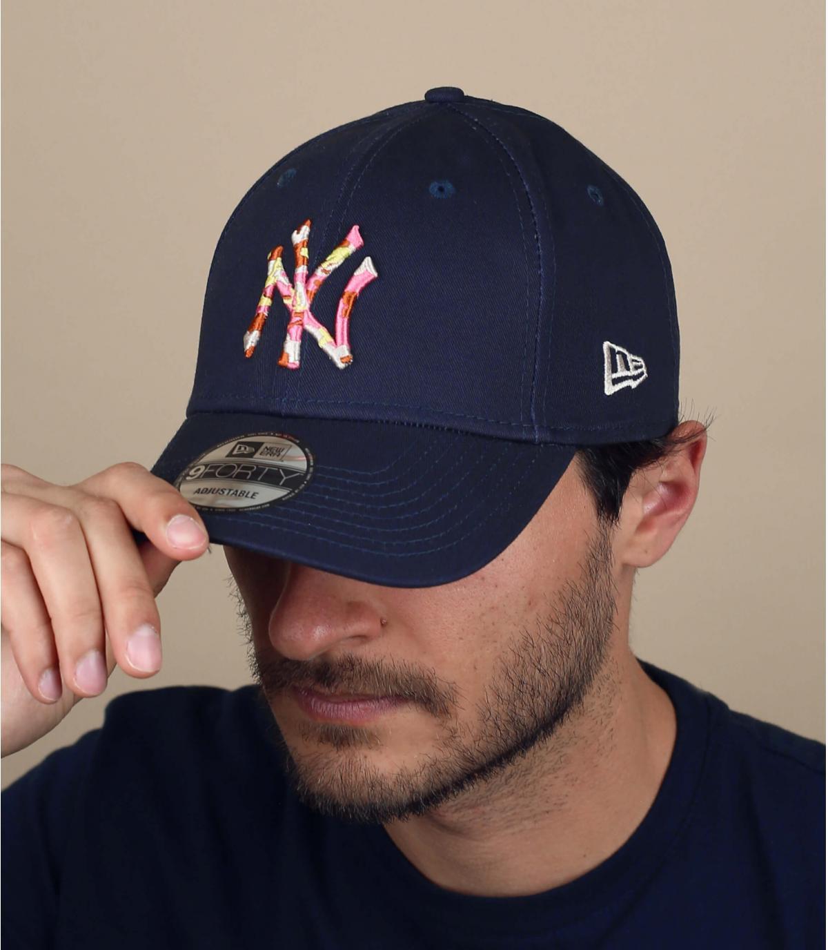navy blue NY cap