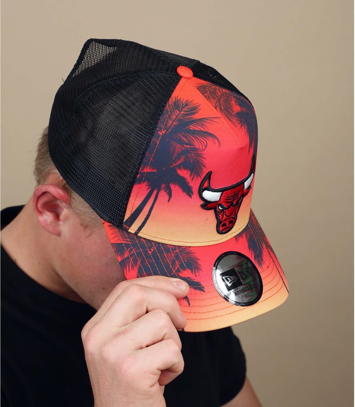 Bulls palm tree trucker