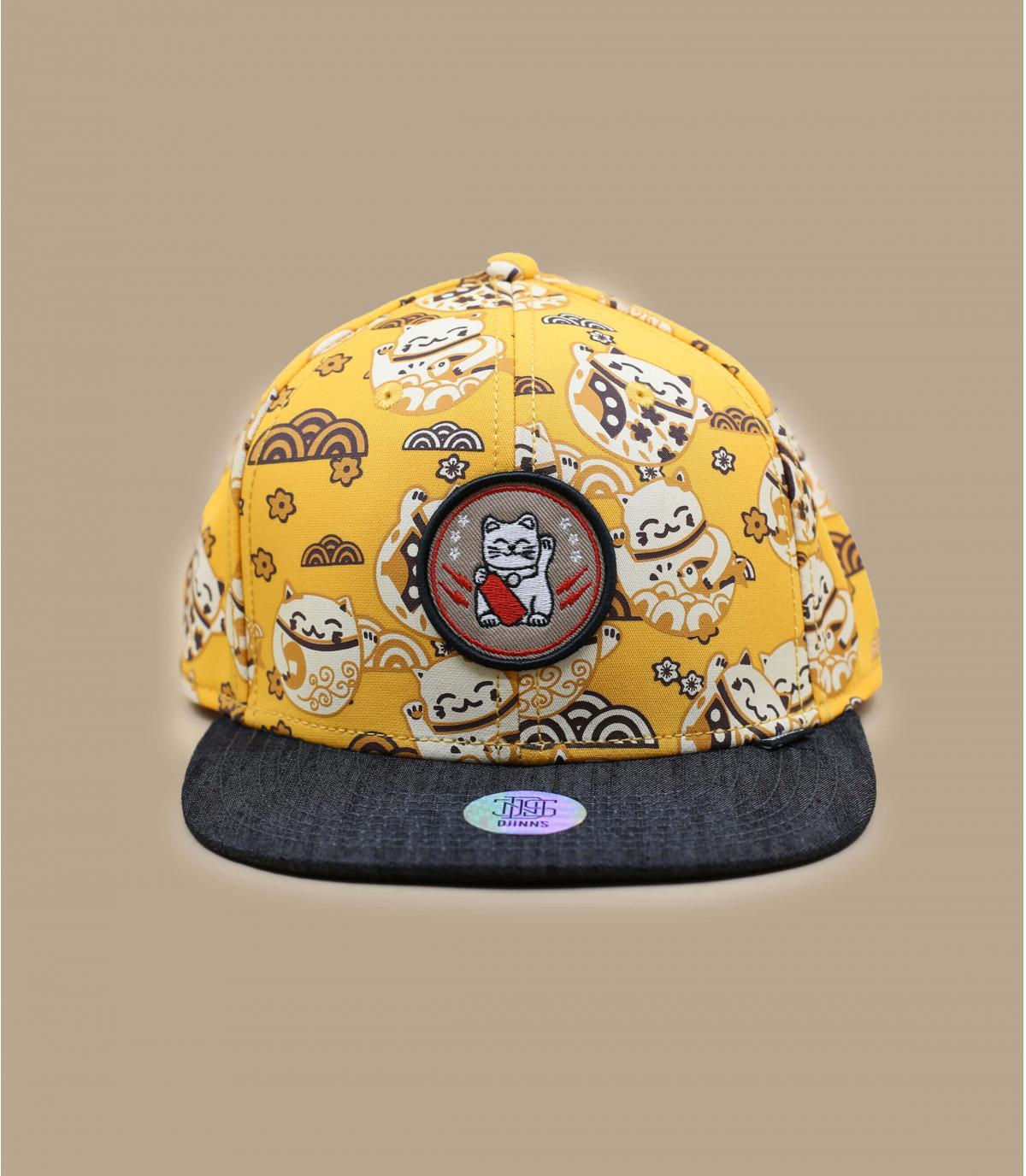 Djinns yellow cap lucky cat