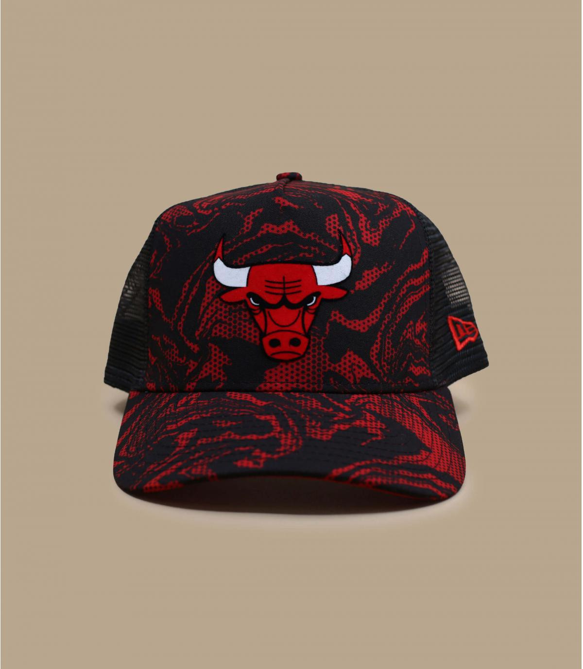 camo Bulls trucker