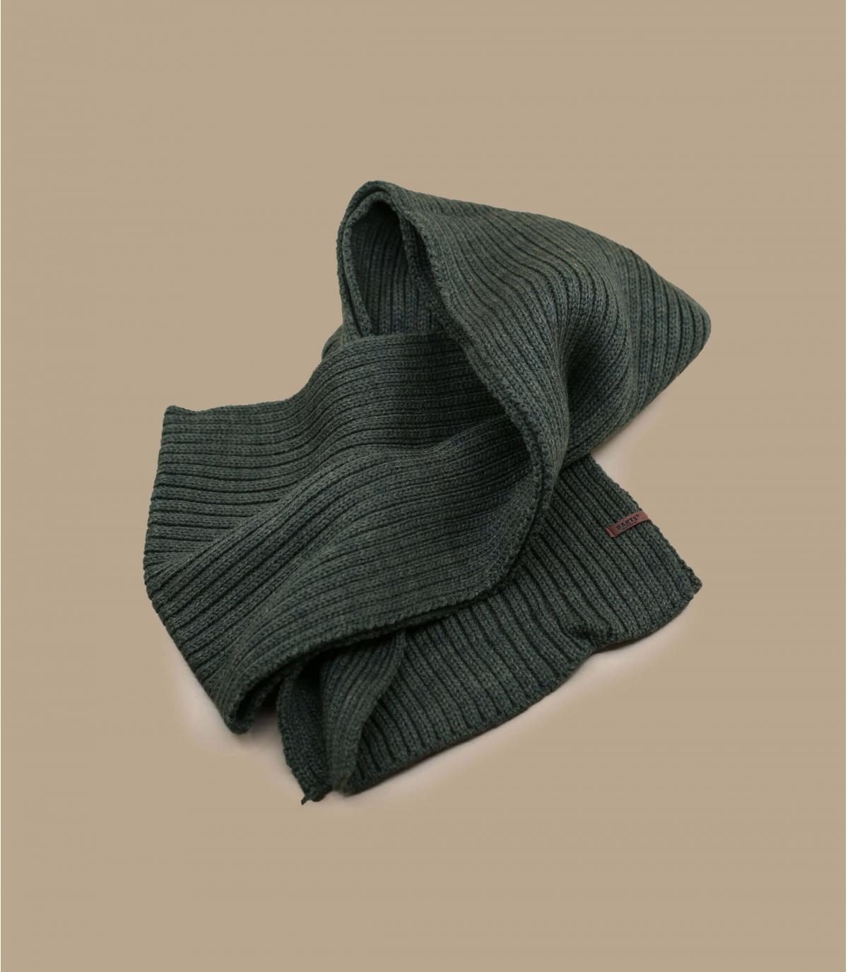 green scarf Barts