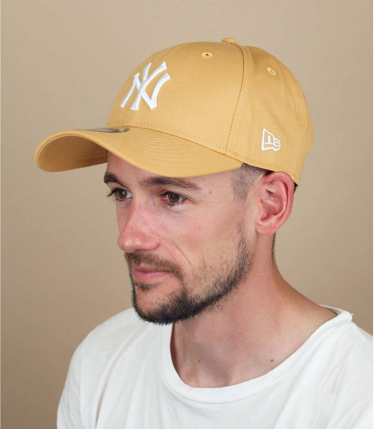 yellow NY cap