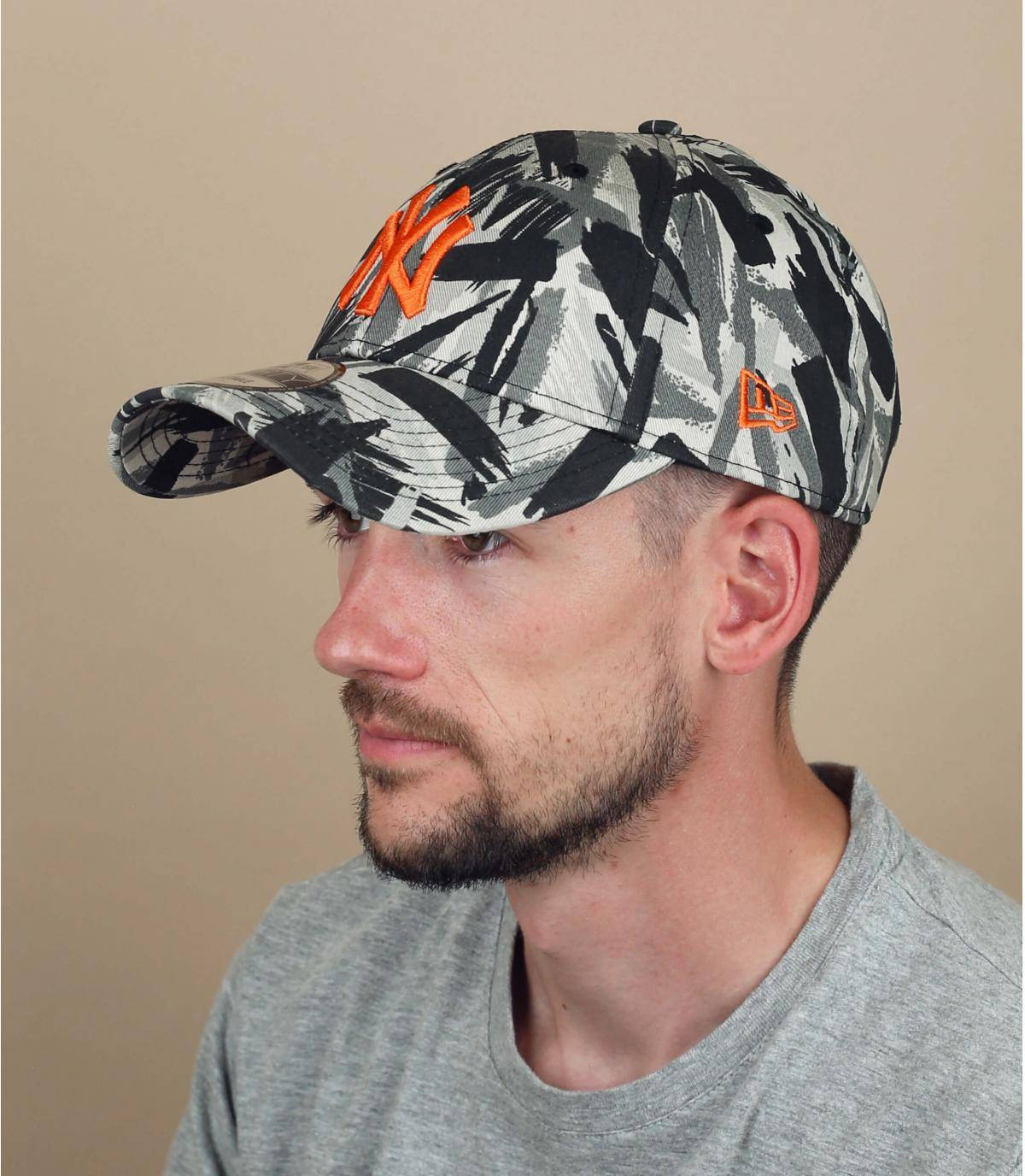 grey printed NY cap
