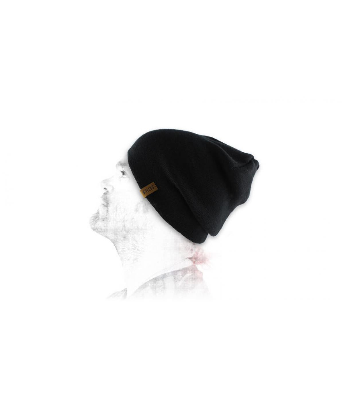 Satila black beanie