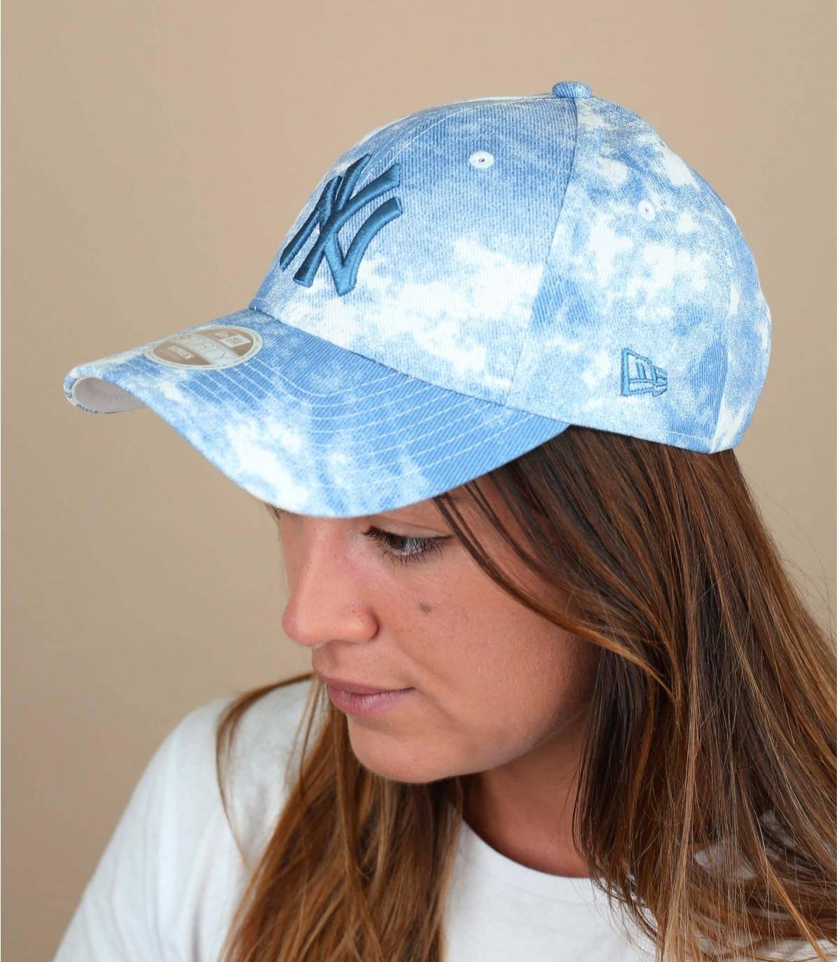 blue women NY cap