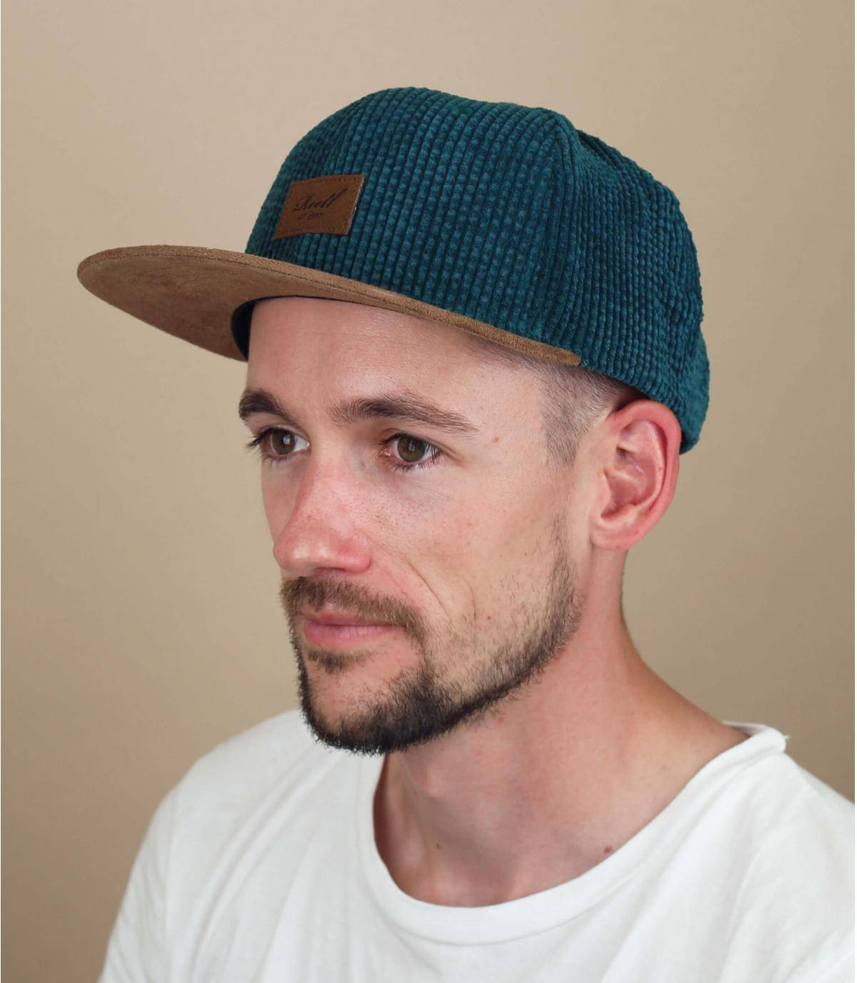 green corduroy cap Reell