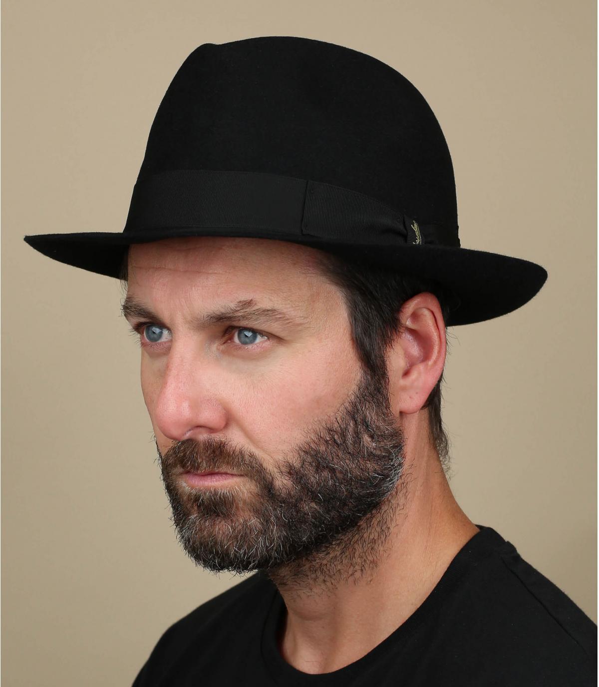 black felt hat for men