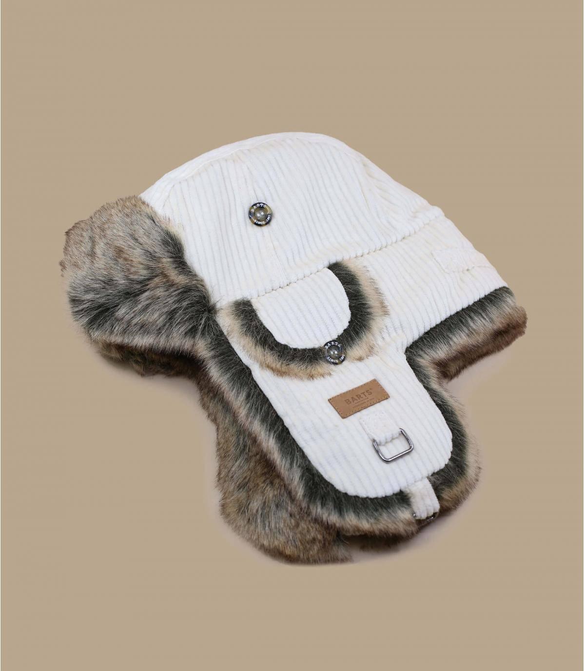 Beige trapper hat