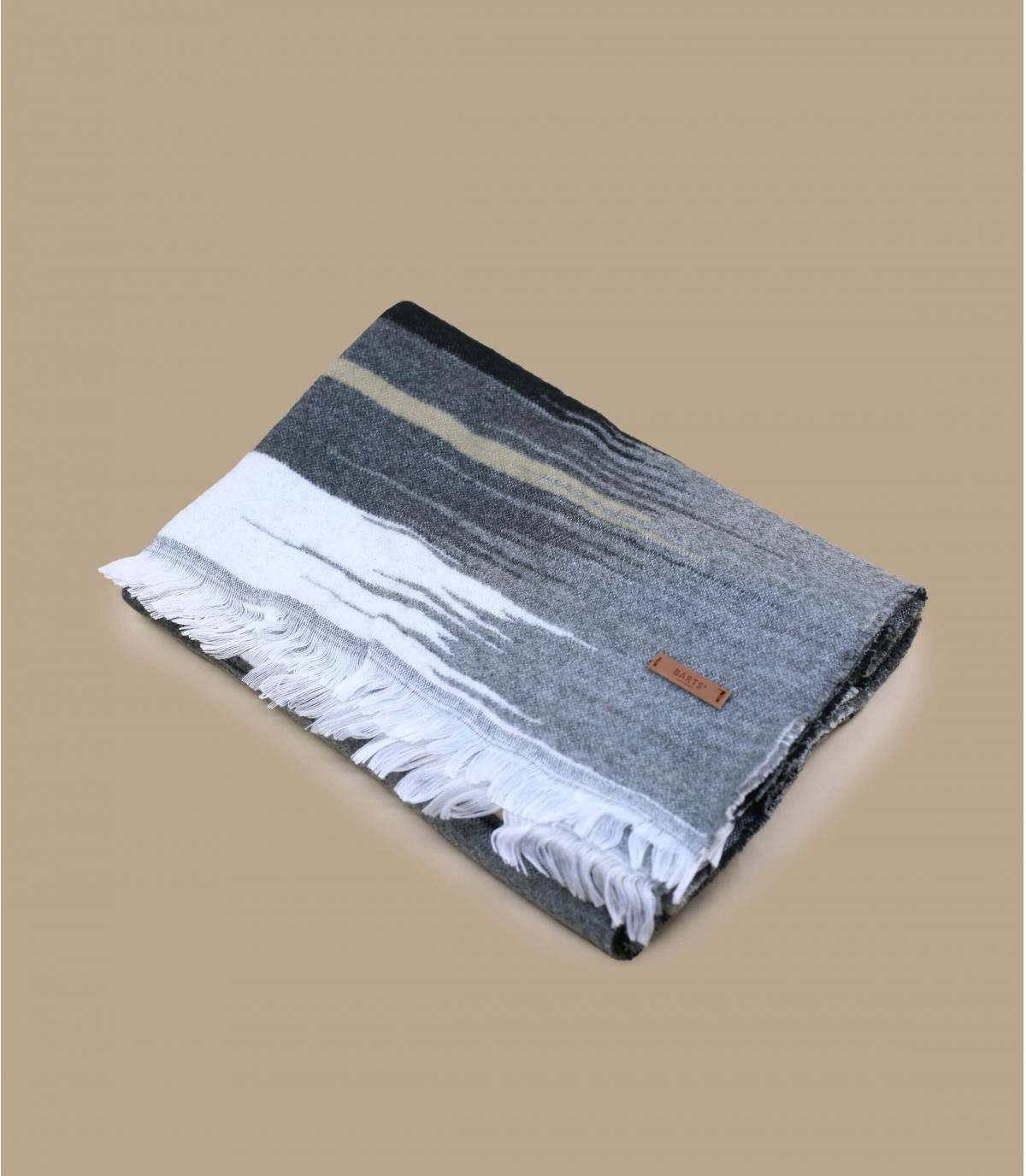 Grey scarf.
