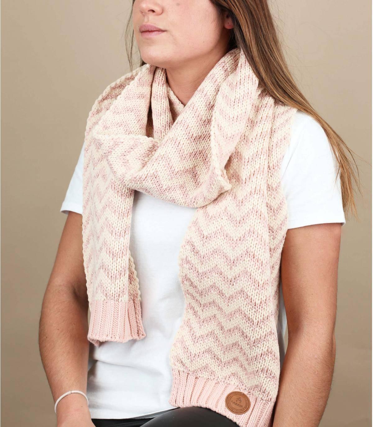 Pink lurex scarf