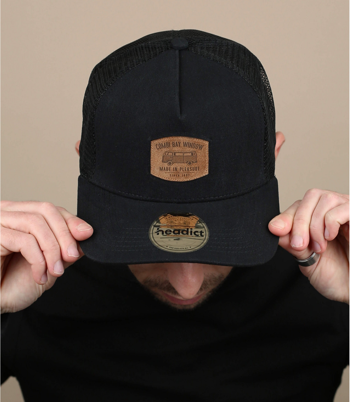 black van cap