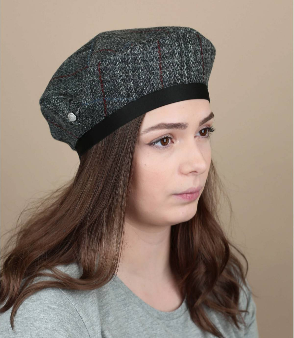 grey tweed cap