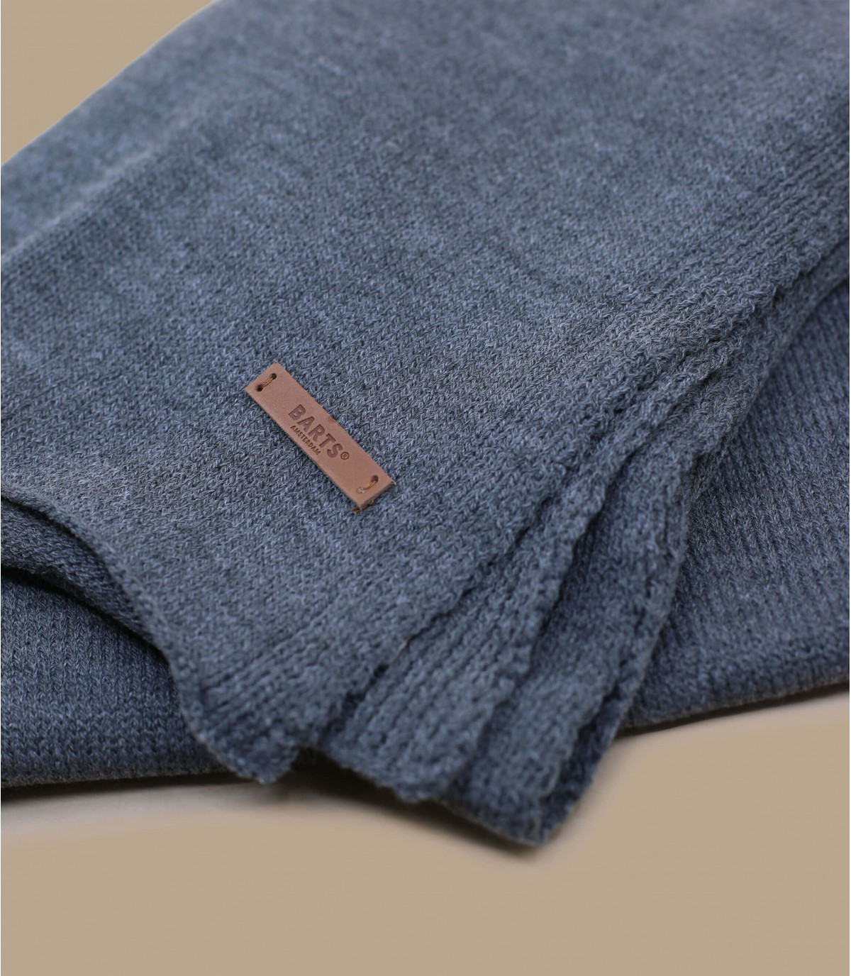 Grey james scarf