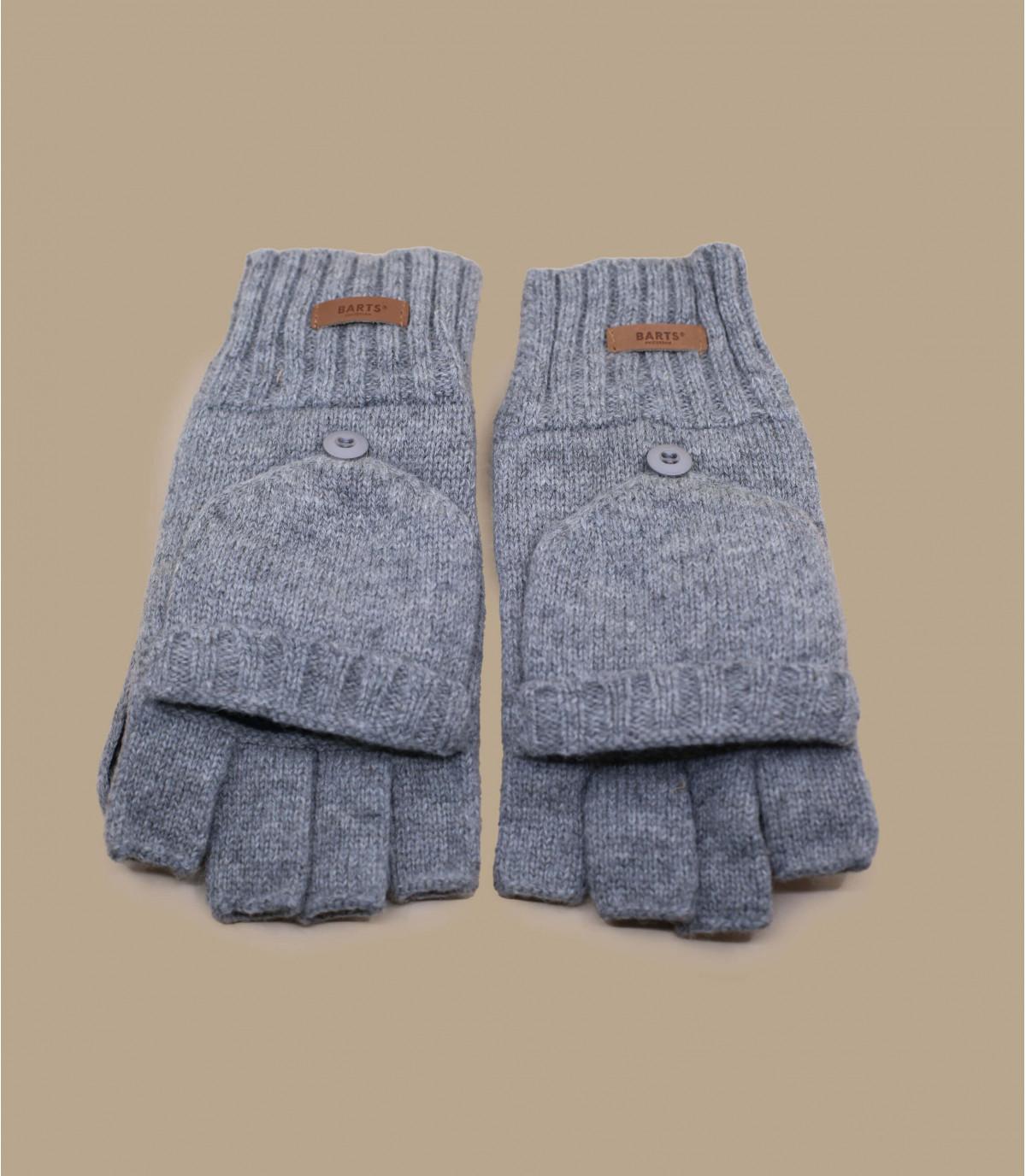 Gray wool mittens