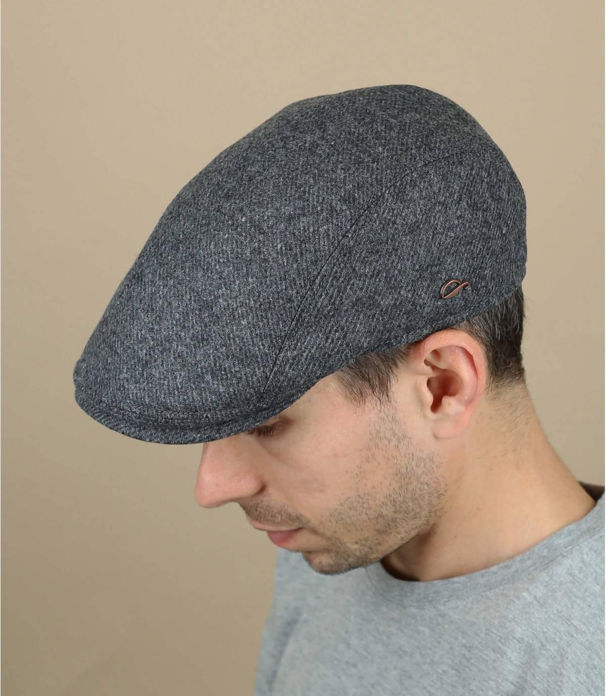 grey wool beret
