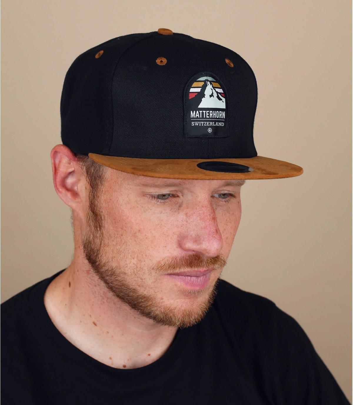 black matterhorn snapback