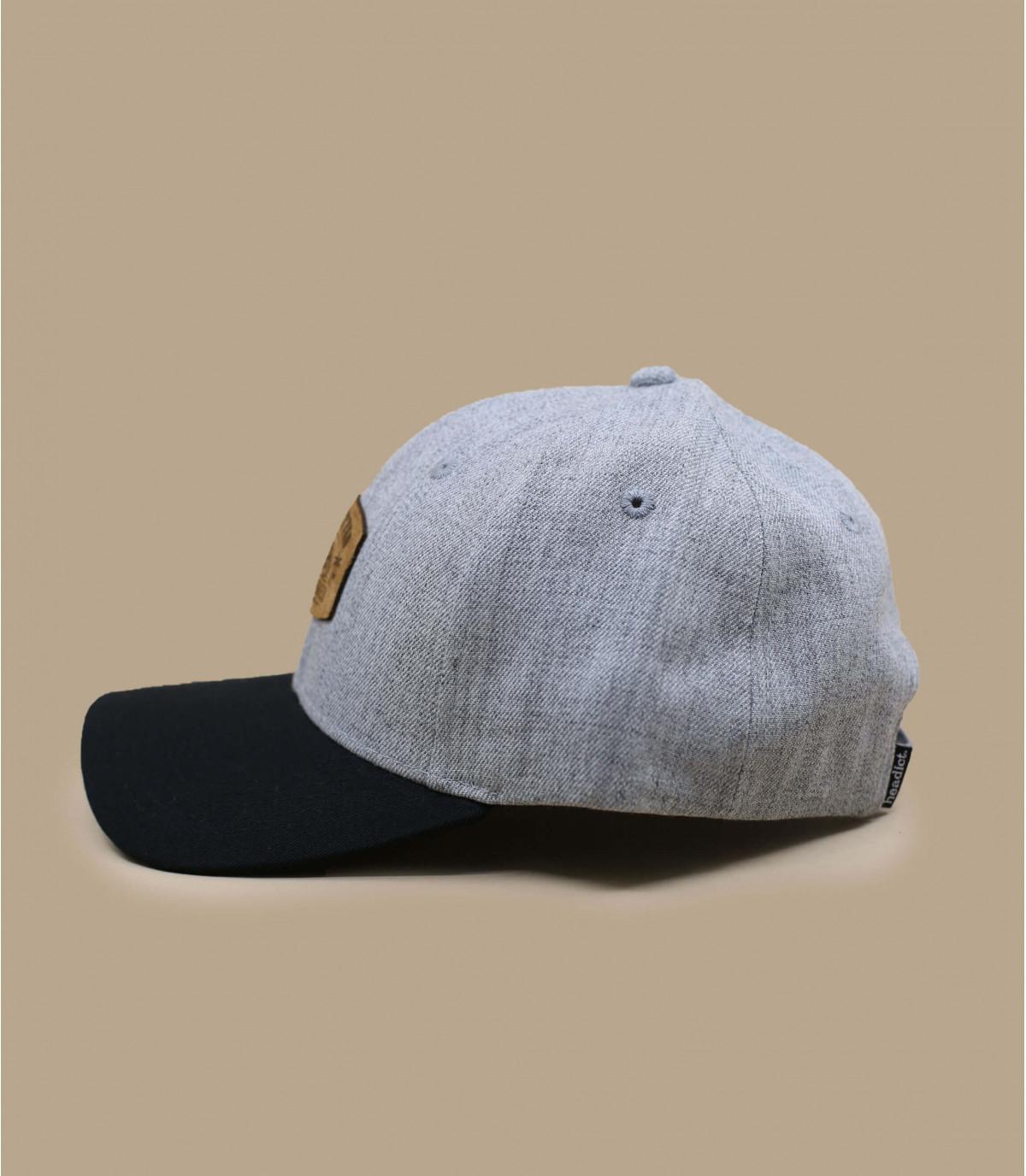grey and black tandem cap