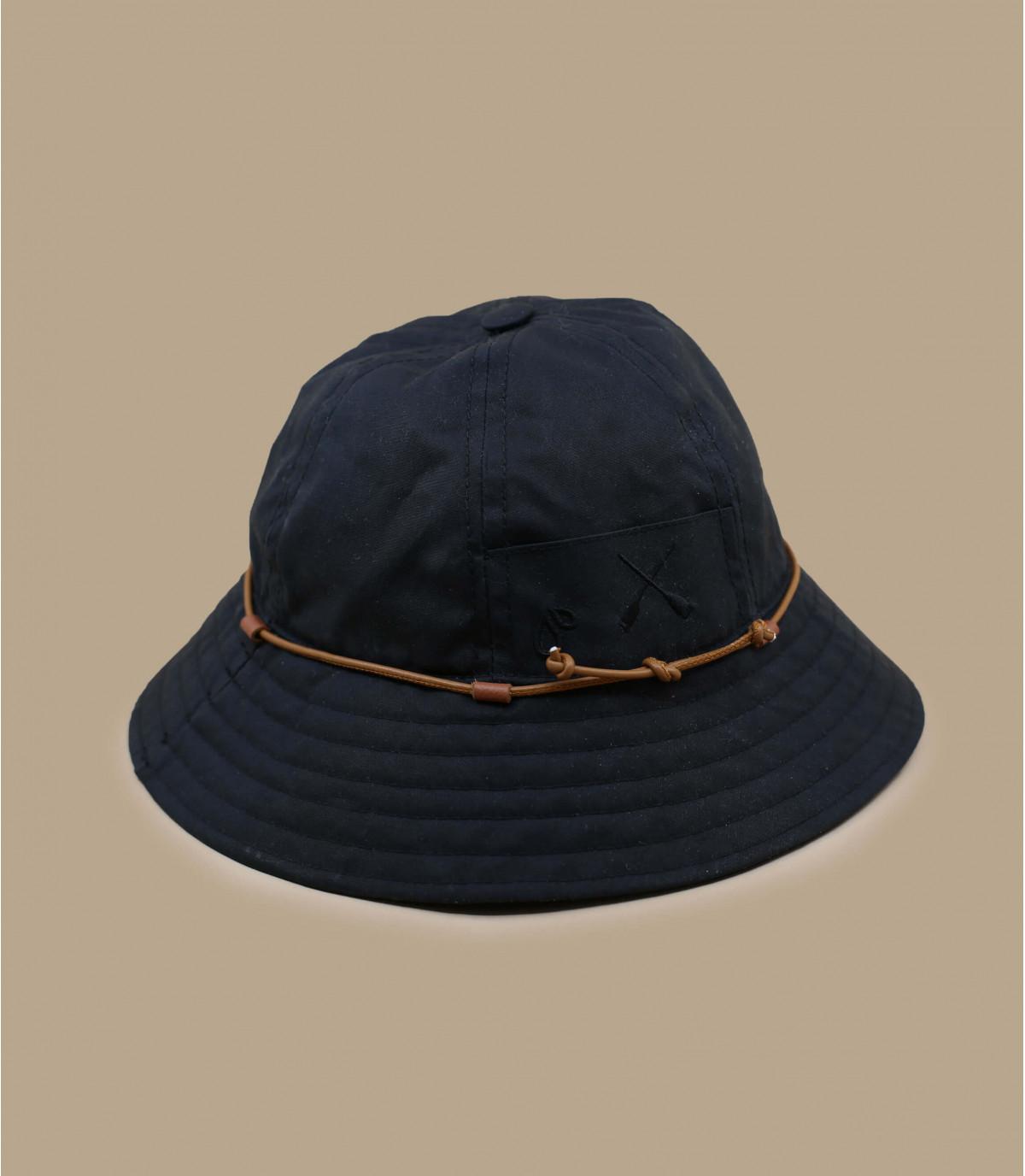 Béton Ciré rain hat