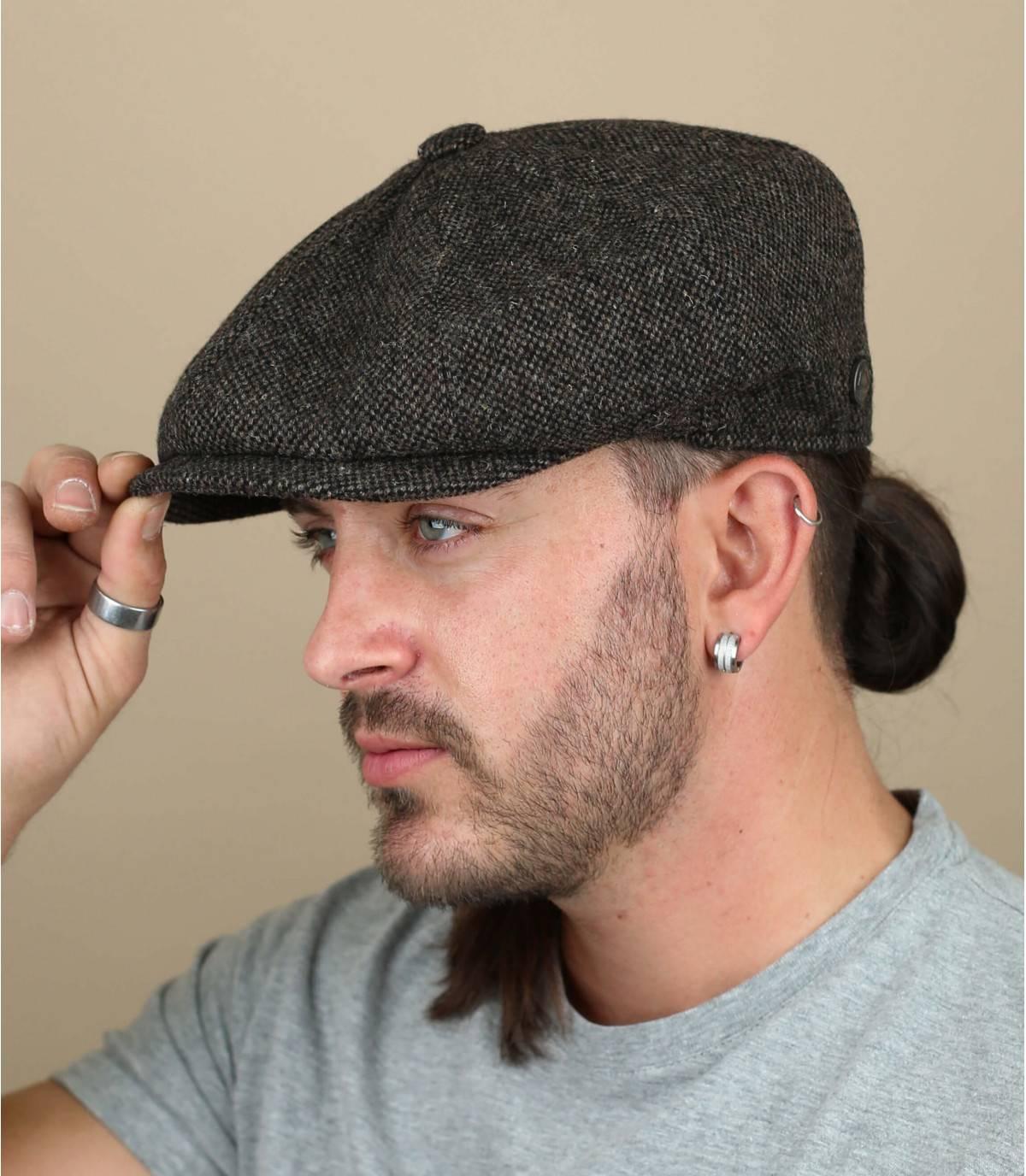 brown wool beret