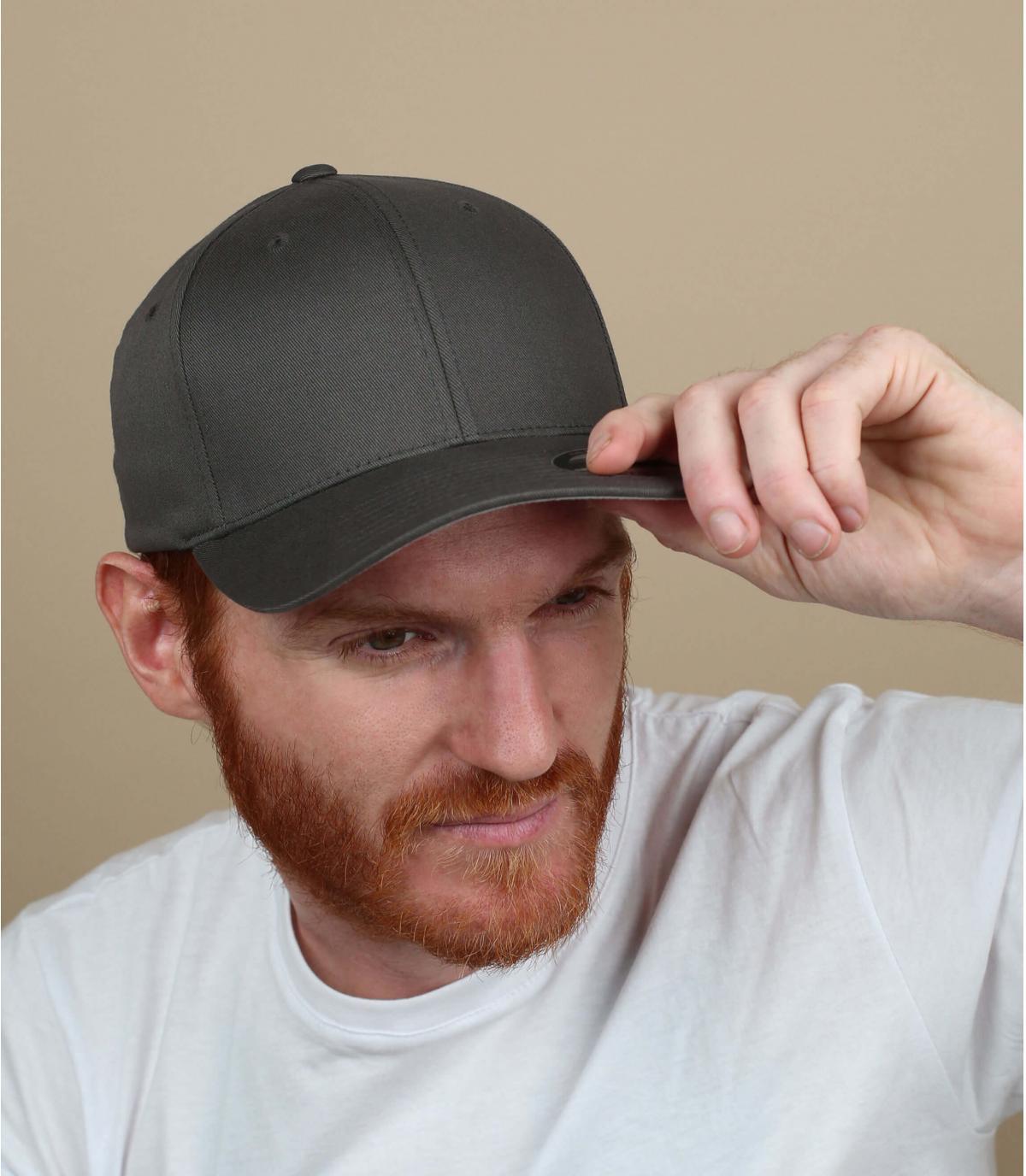 Flexfit cap grey