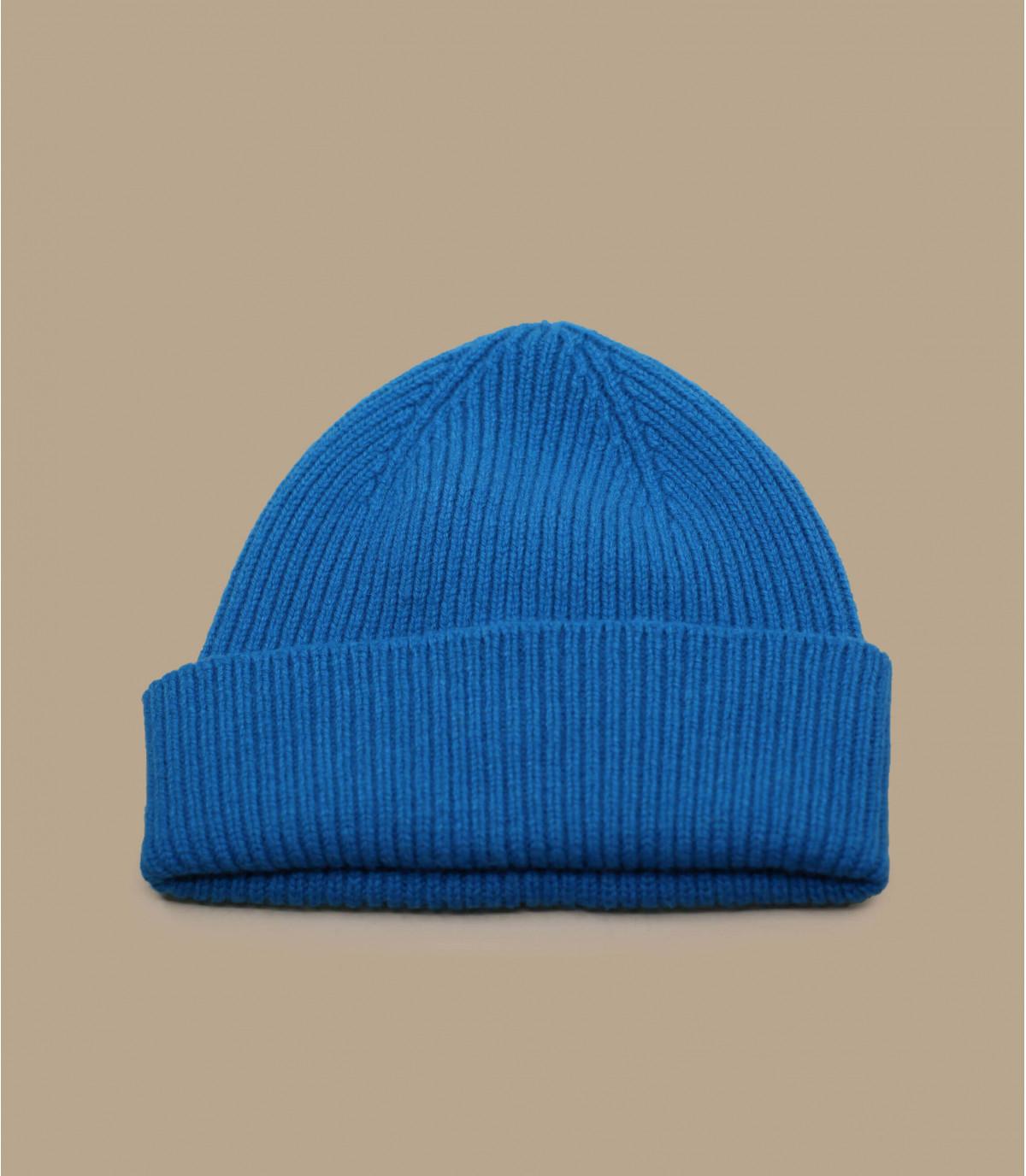 blue docker beanie Mackie