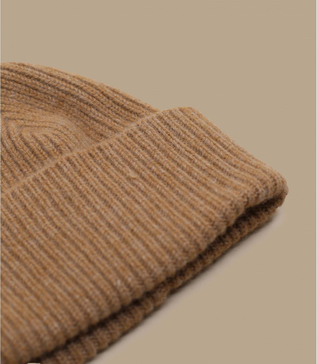 39834717e5c beige cuffed beanie wool angora - Barra Oakwood Mackie - image 1 ...
