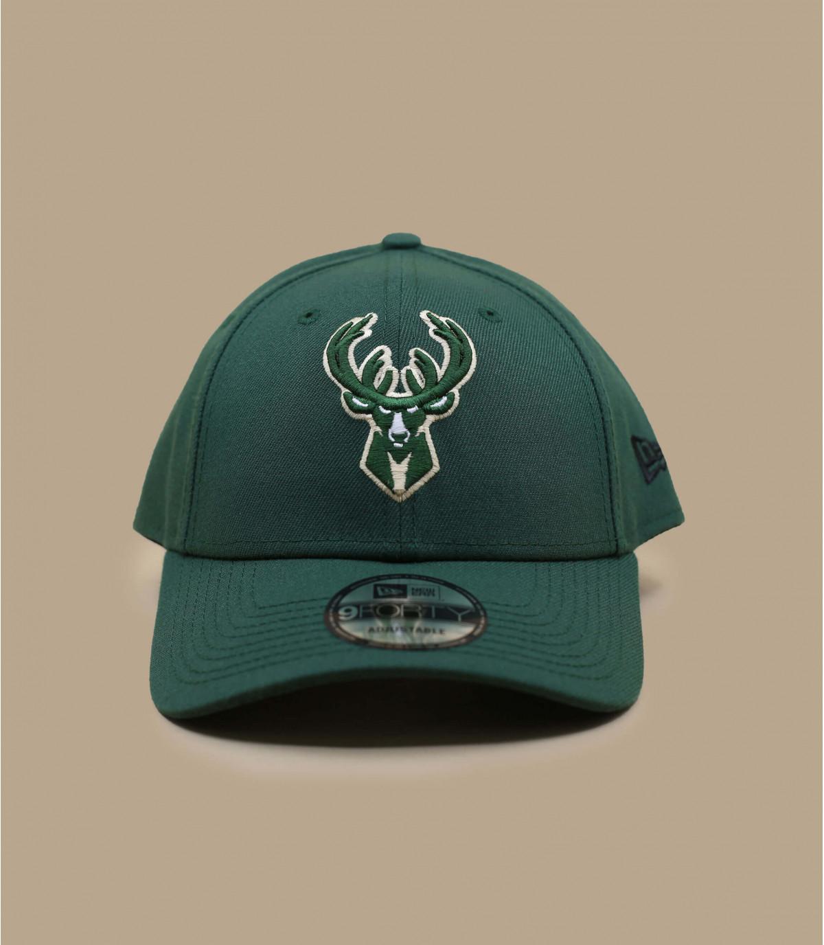 green Bucks curve cap