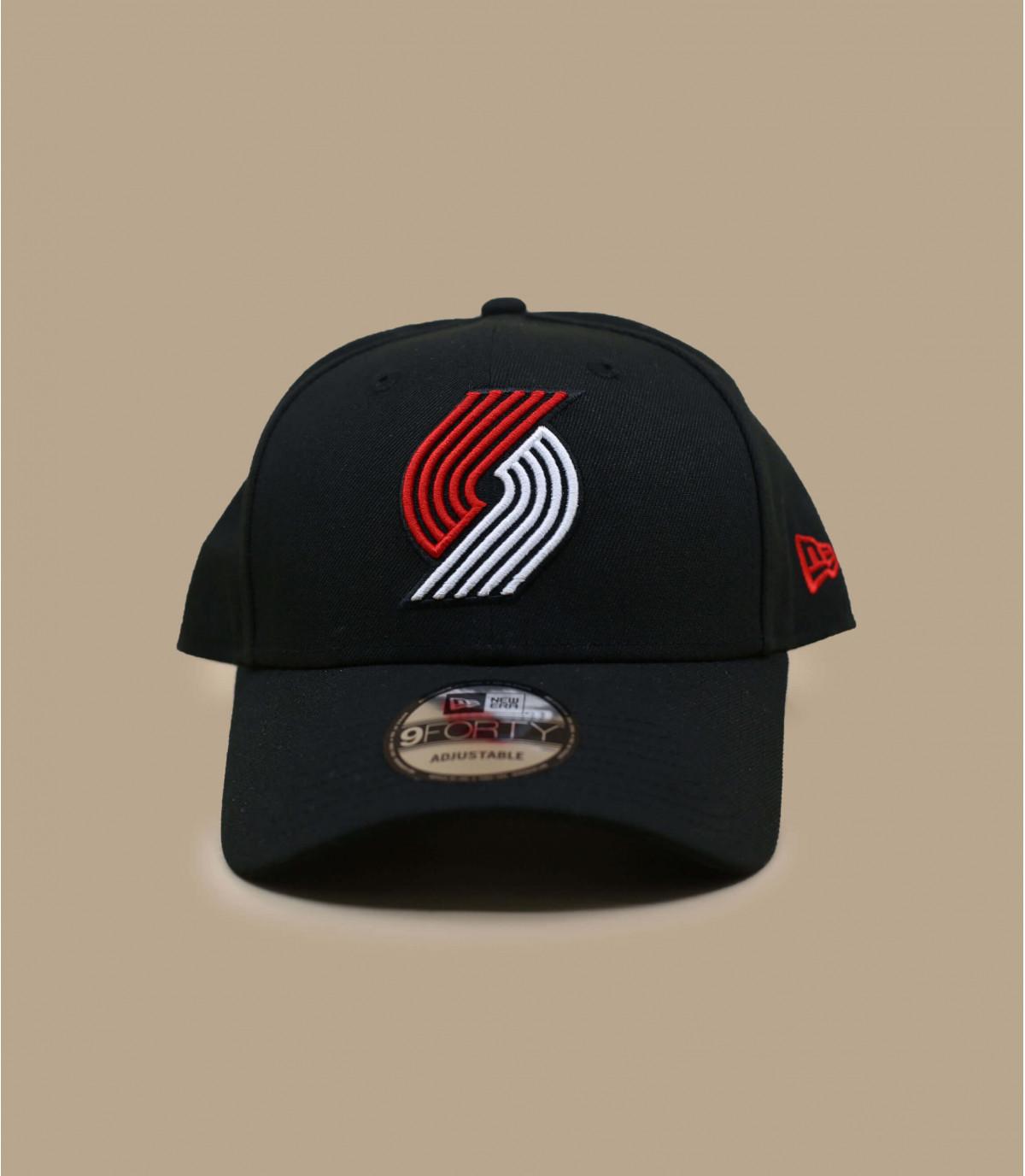 black Trailblazers curve cap