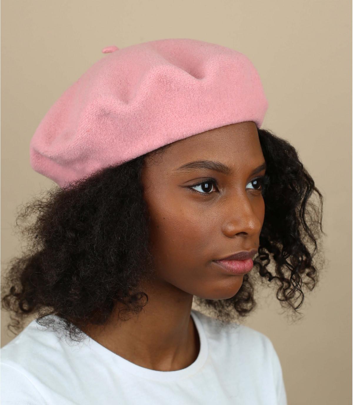 Basque beret light-pink wool