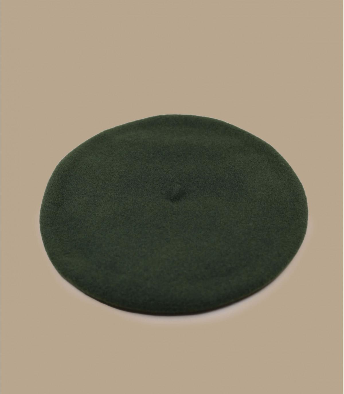 lined Basque beret green