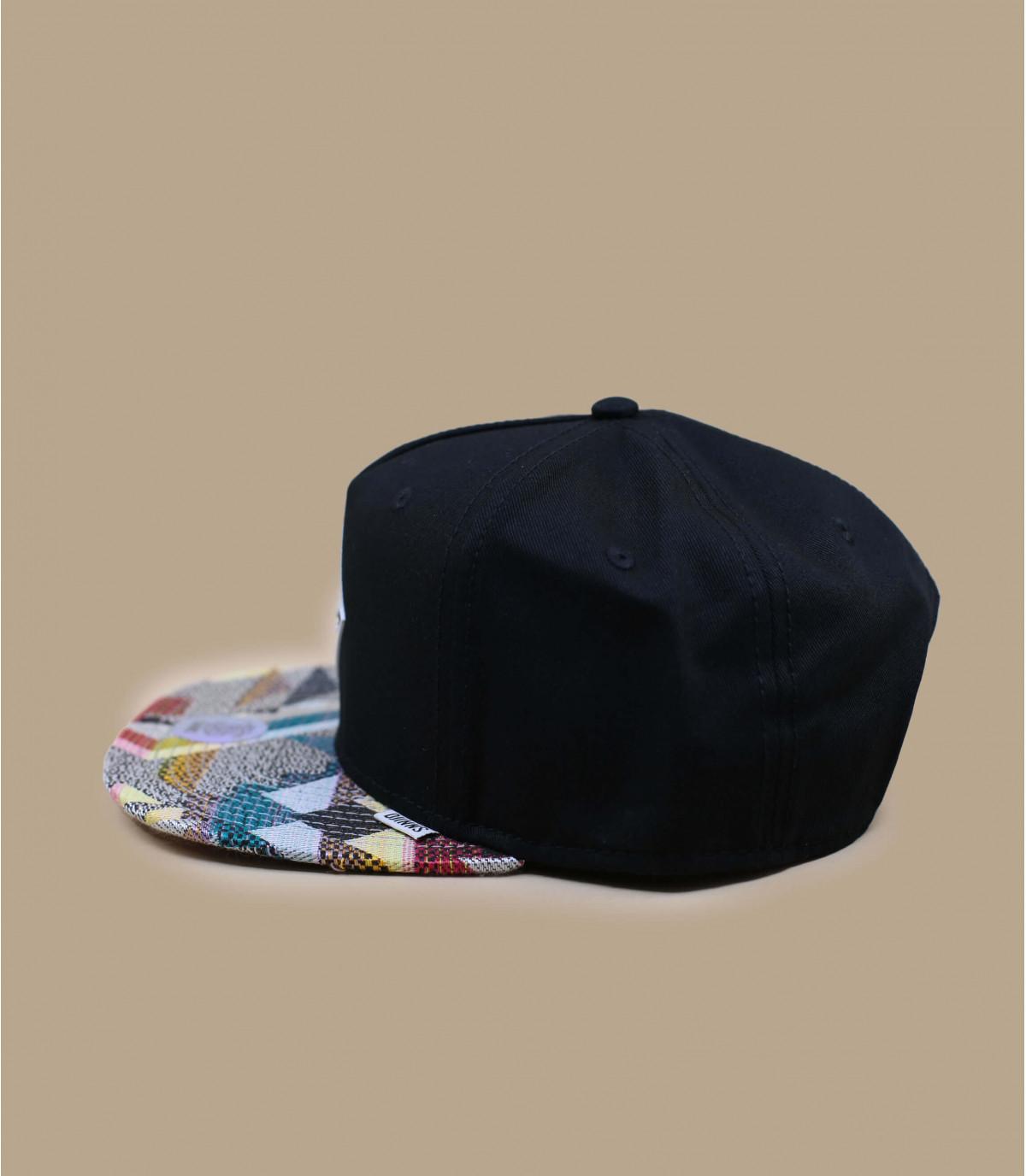 black snapback printed peak