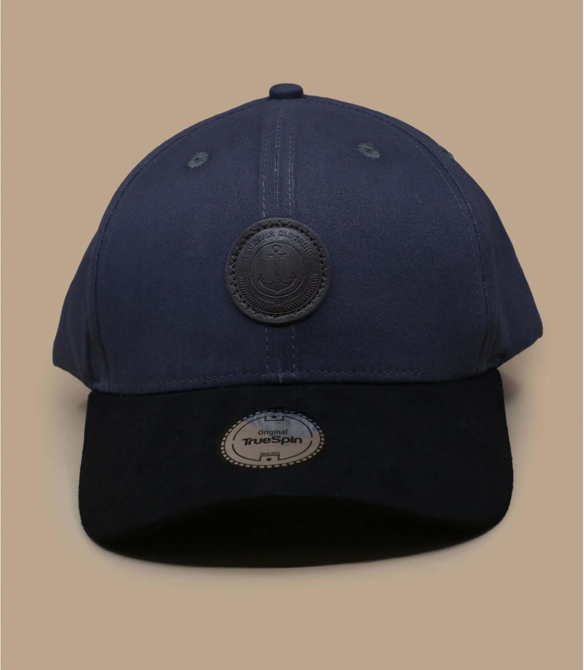 Grey cap suede peak