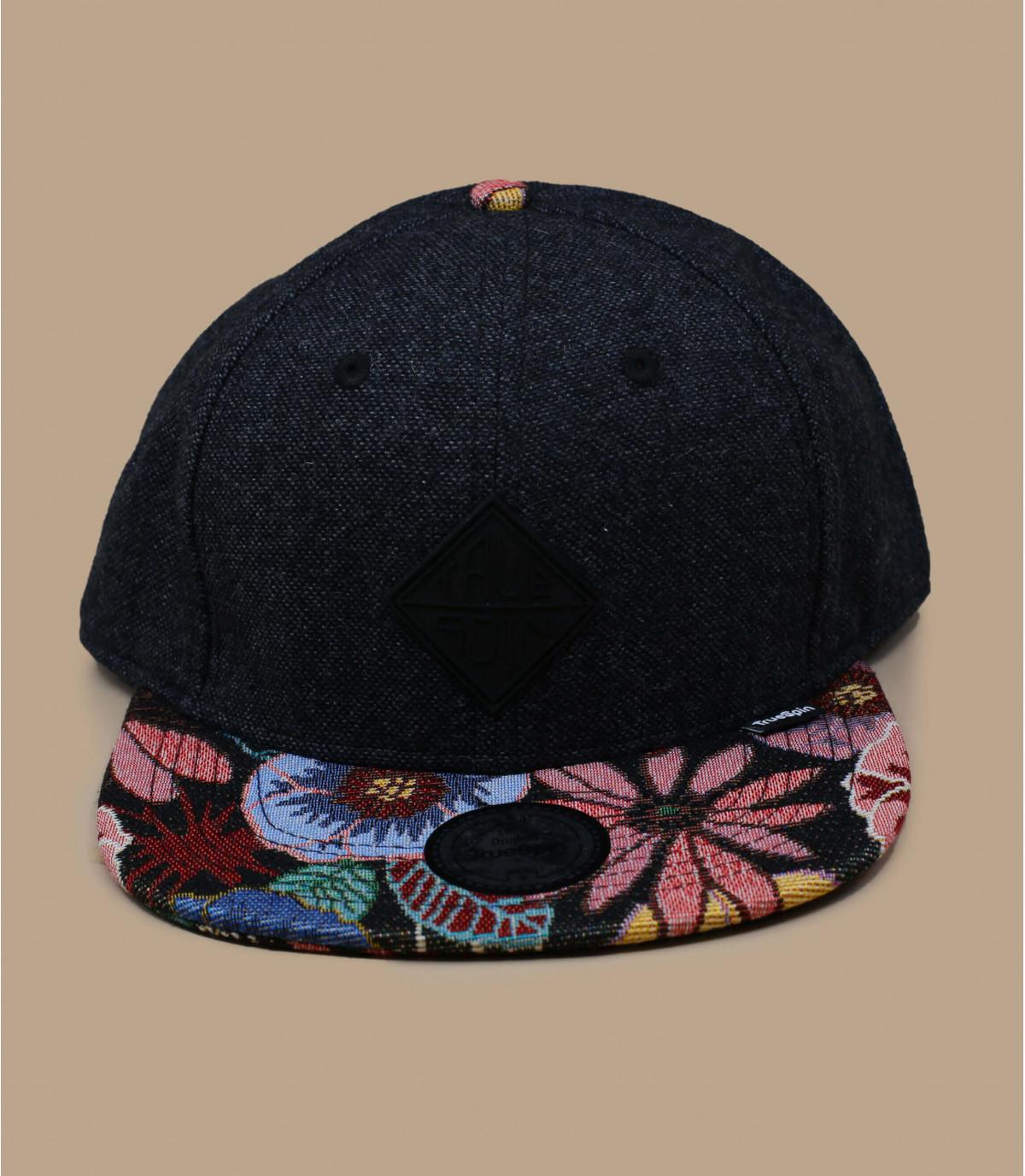 black snapback flower peak