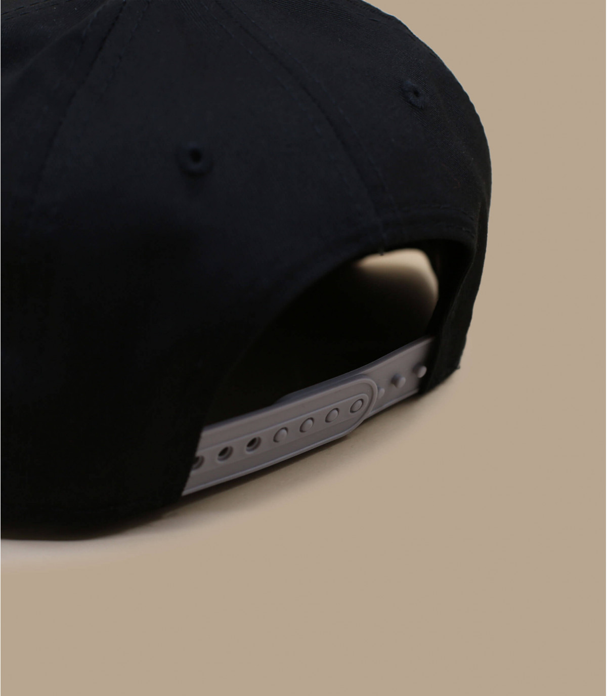 Child snapback with gray visor - Child cap ny gray black by New Era. 4f21eb6e81b