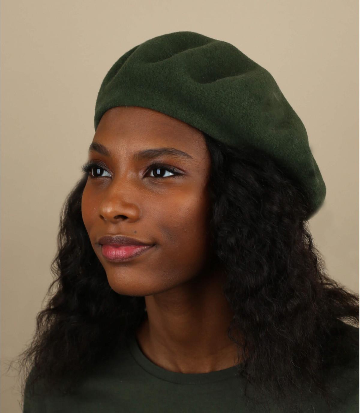 Basque beret wool khaki green