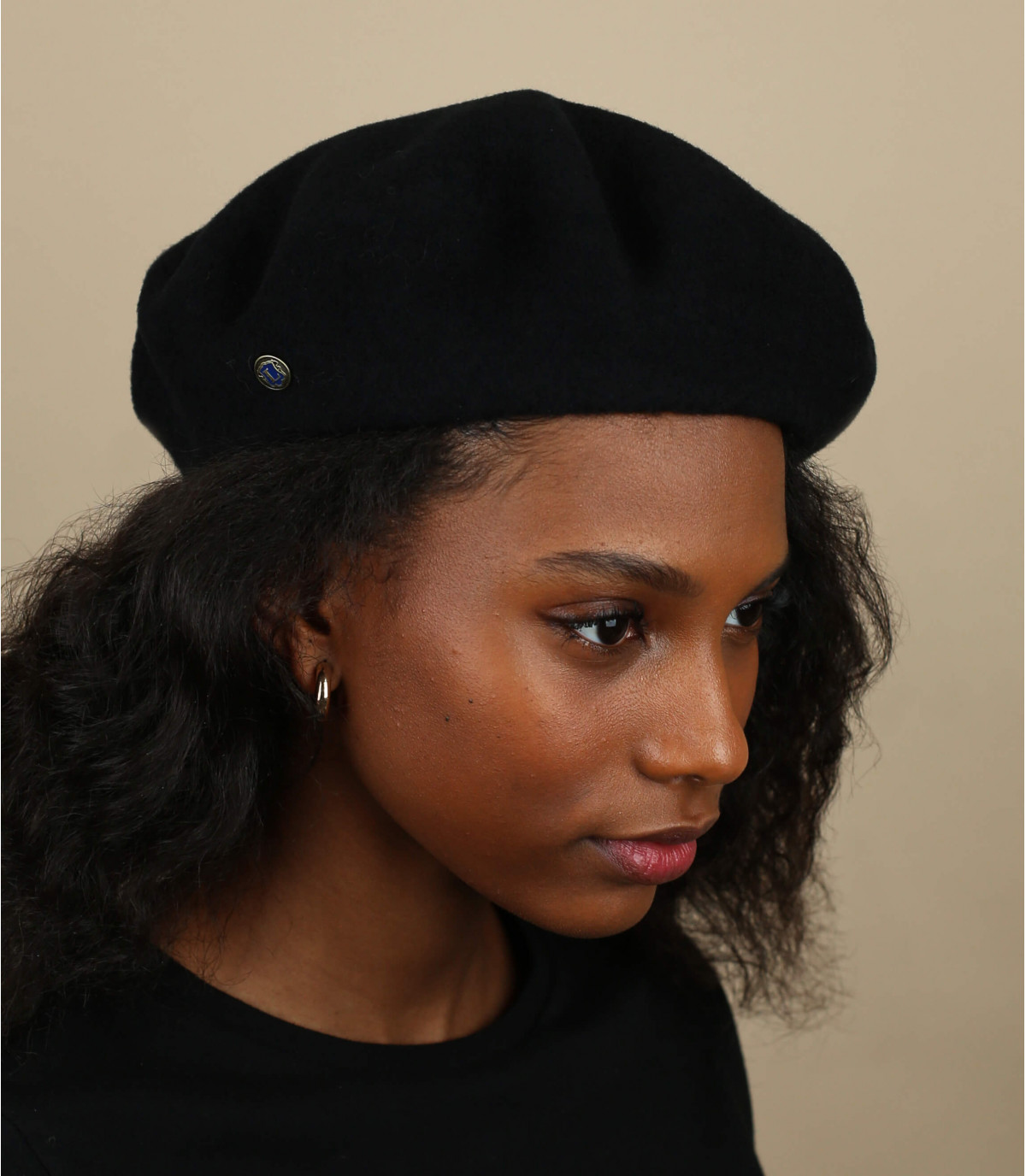 black cashmere beret