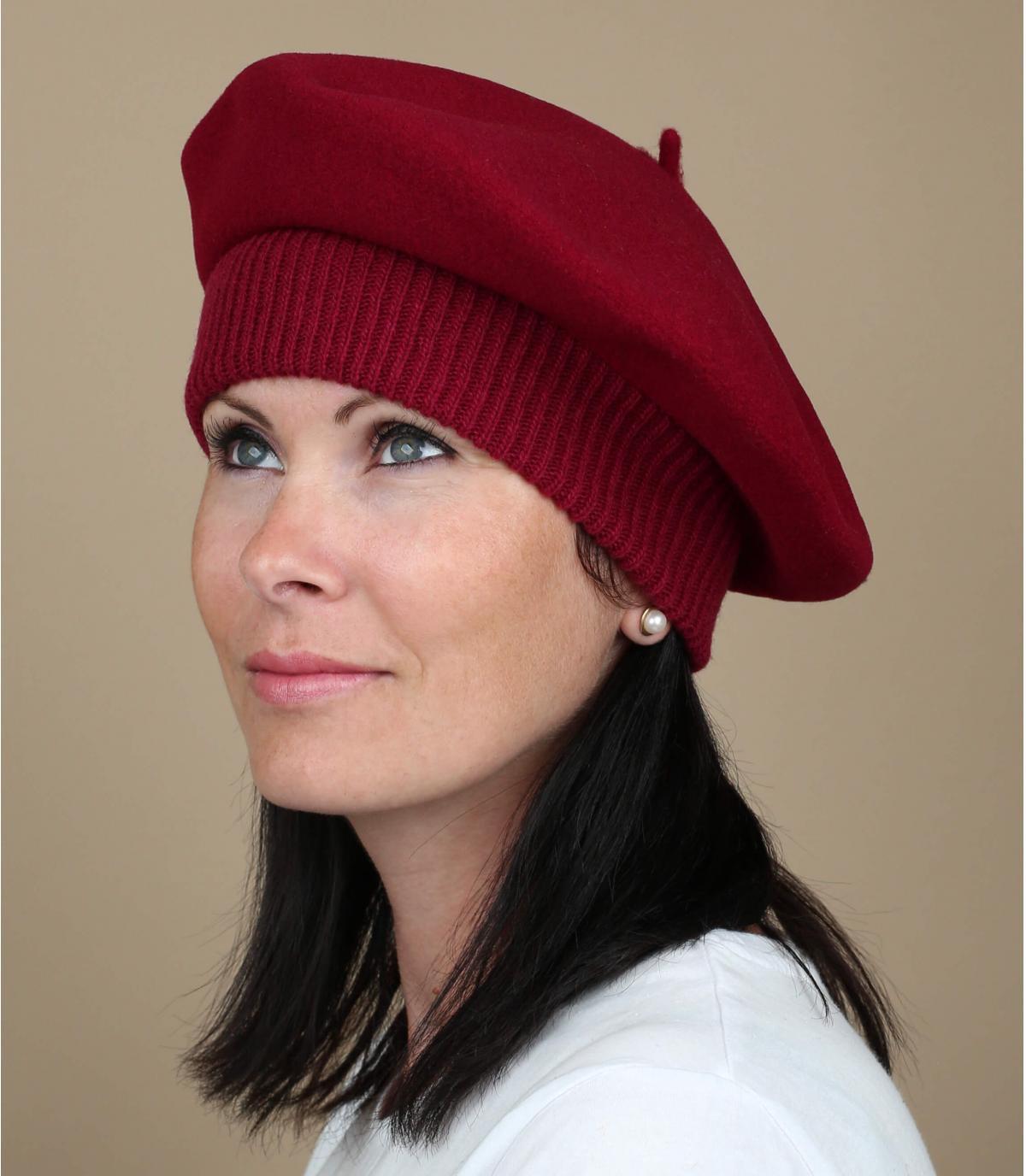 Red elastic beret