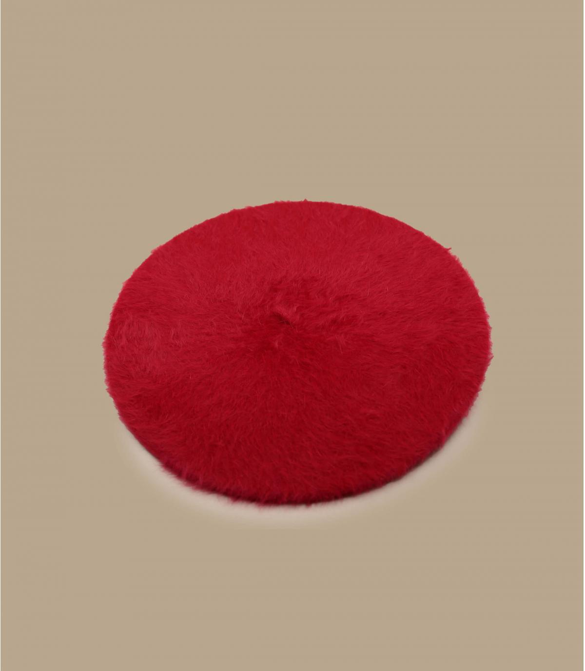 Women angora beret