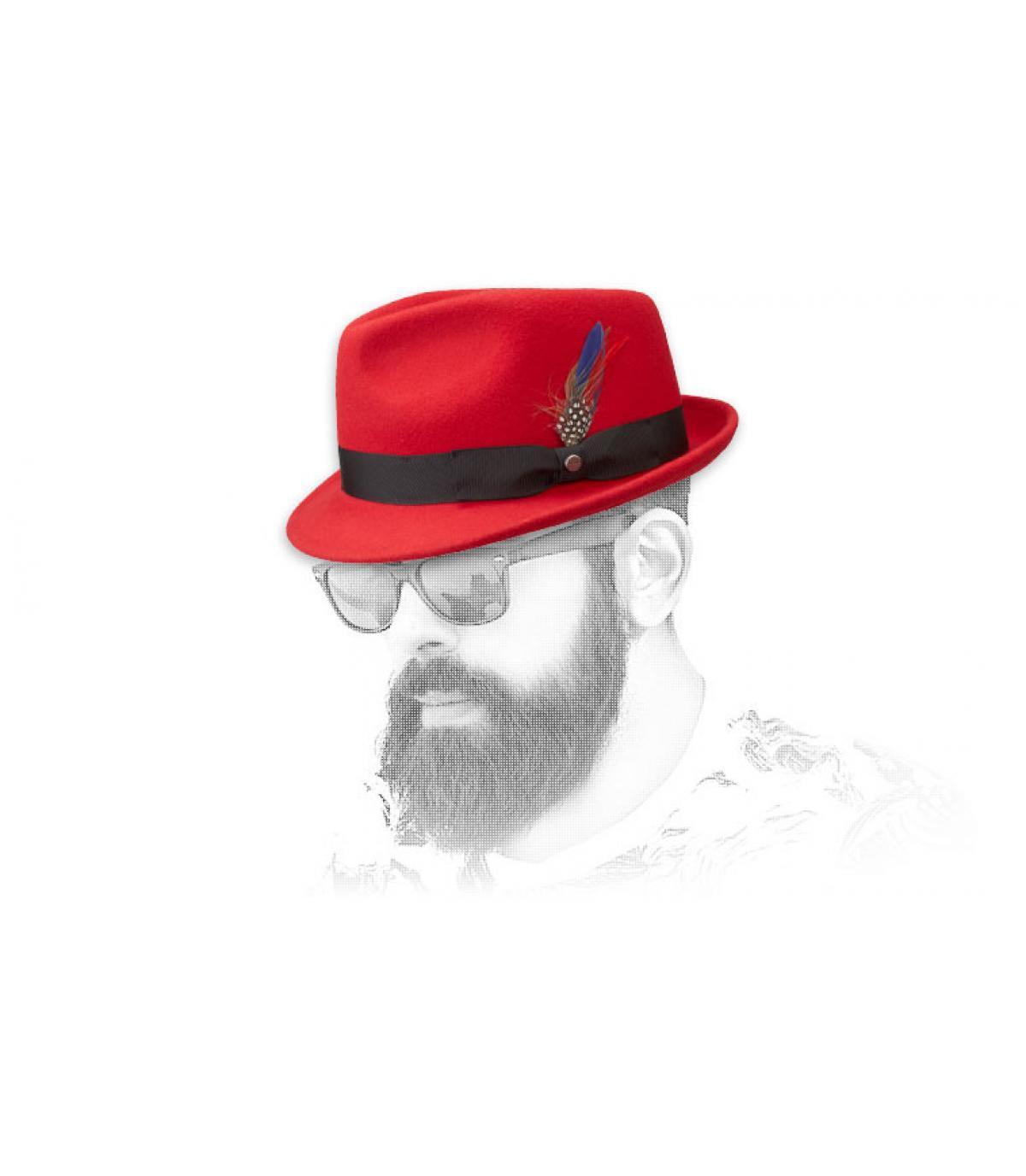 Men red hat