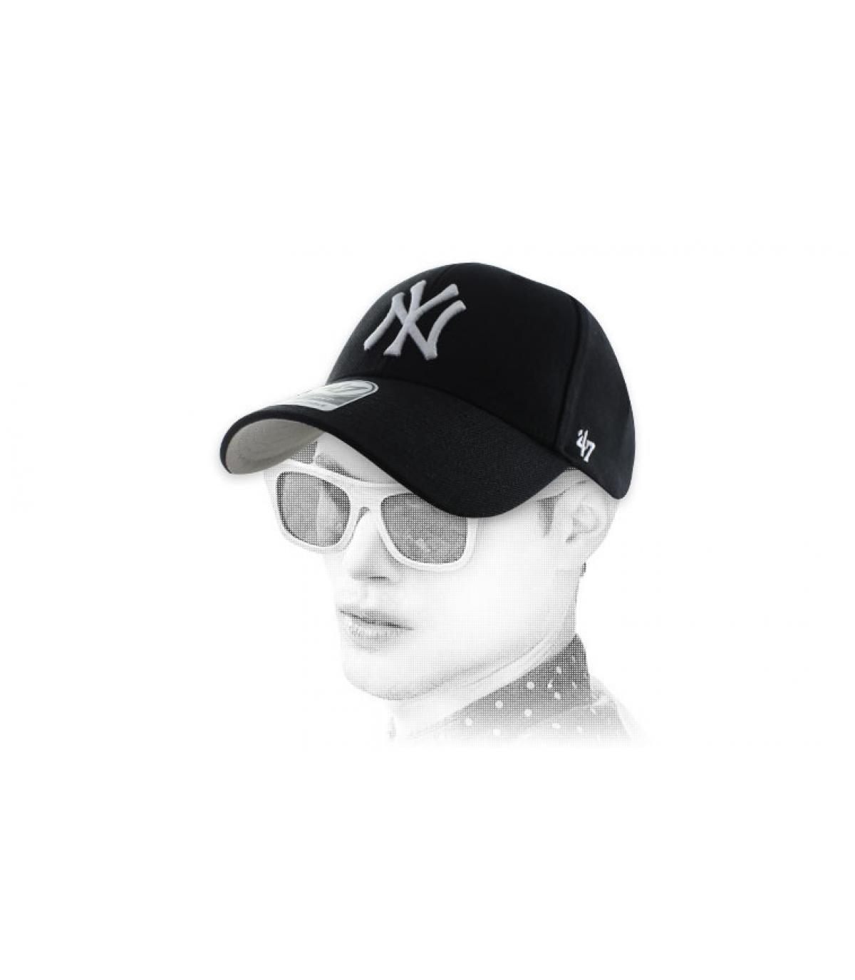 black NY curve cap47'
