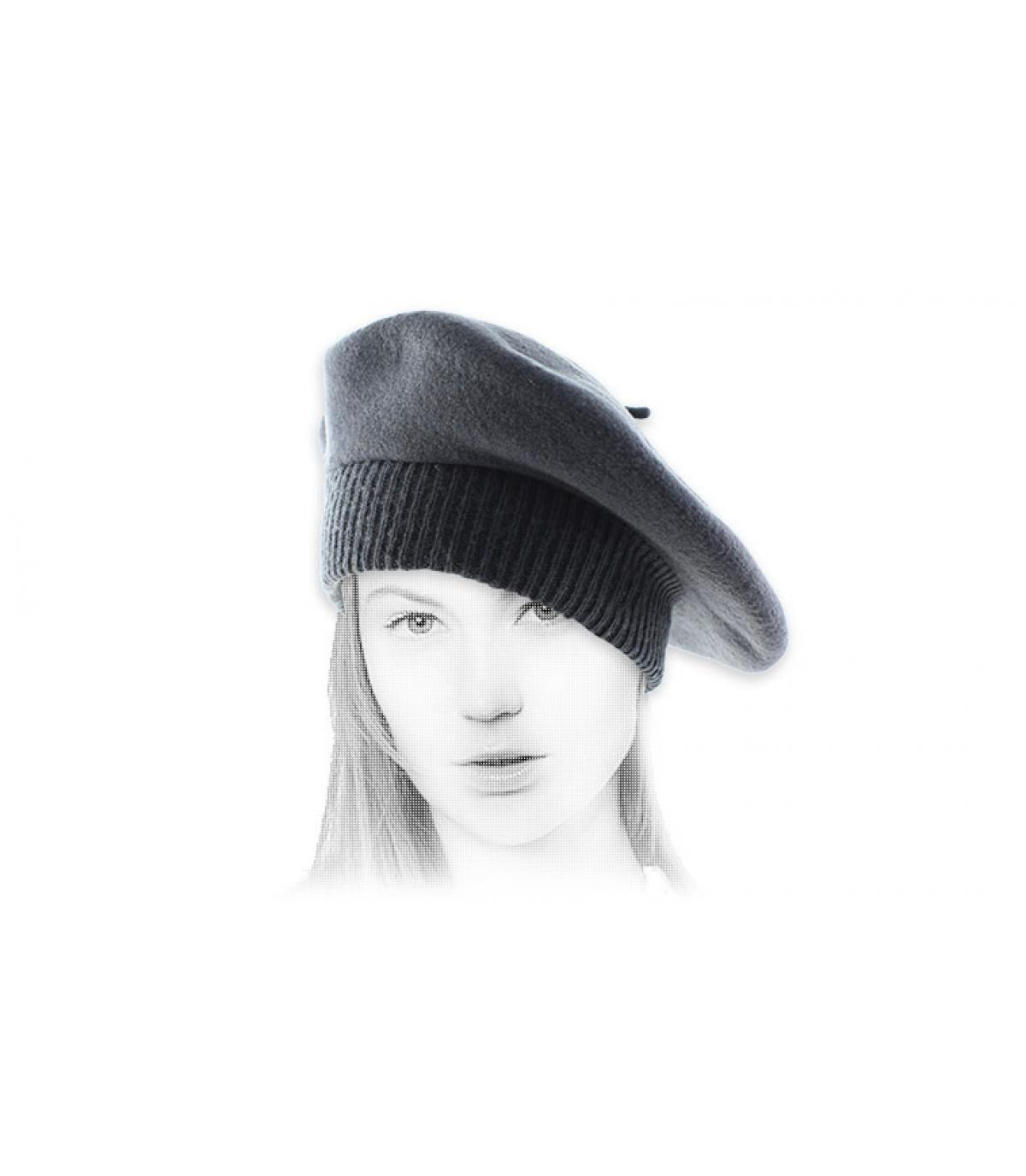 ribbed hem grey beret