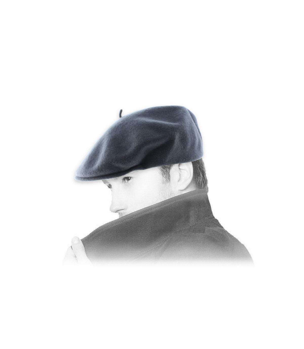 grey duckbill cap Laulhère
