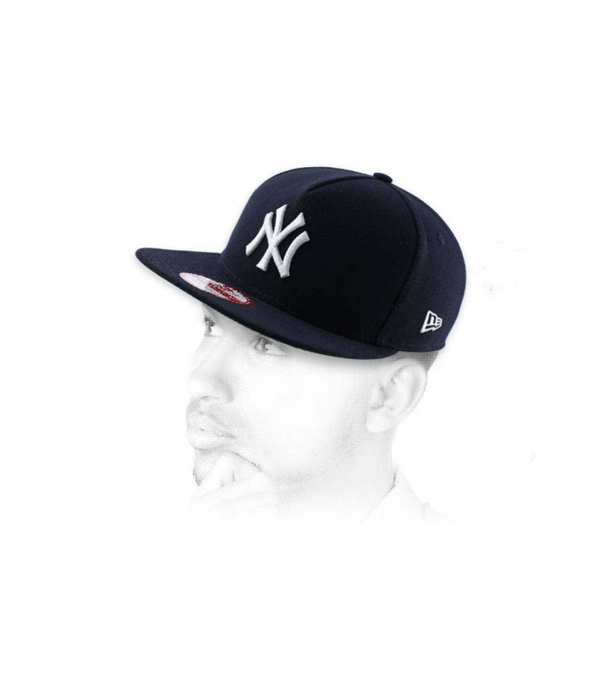black NY snapback