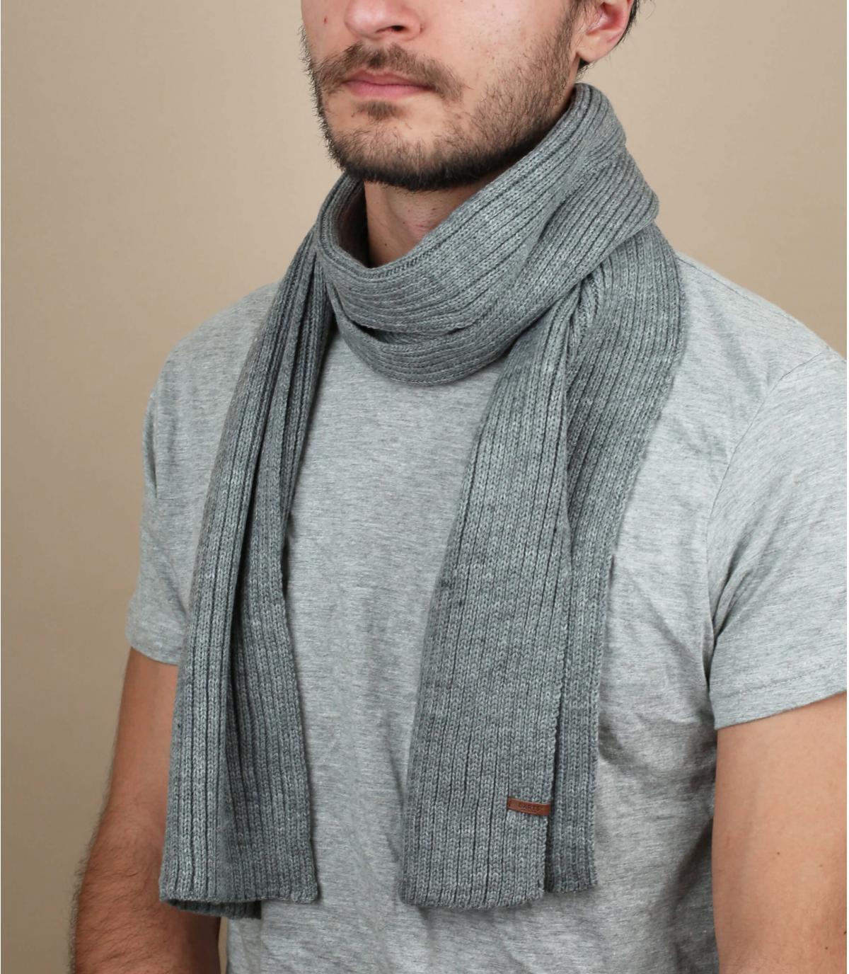Gray wilbert scarf