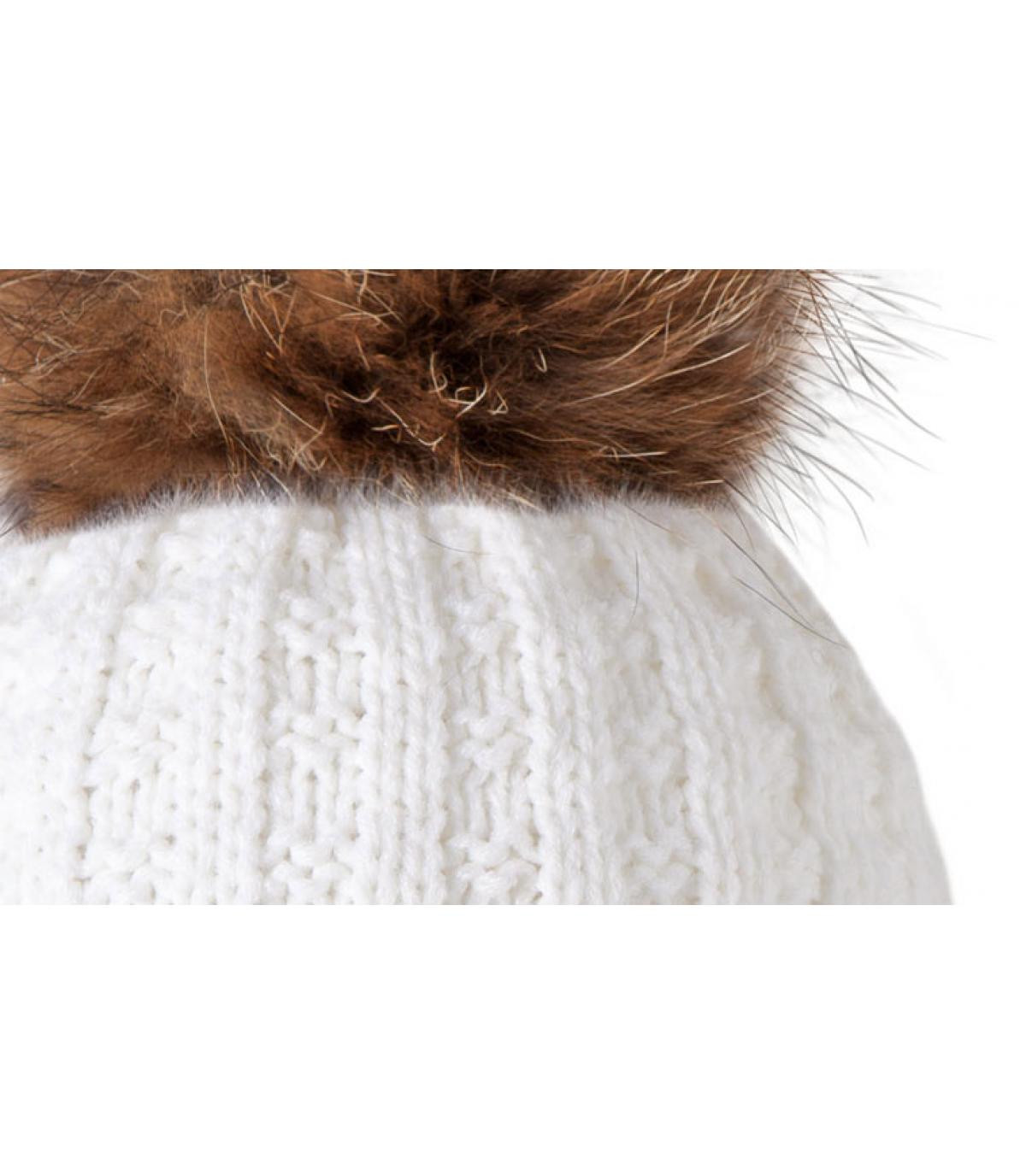 White beanie large pompom
