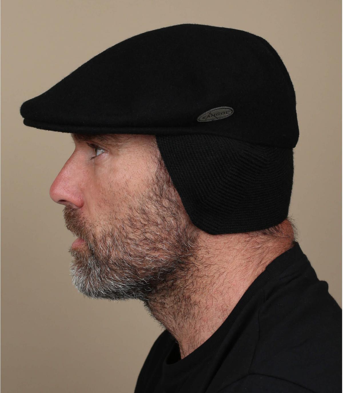 Black ivy cap earflaps